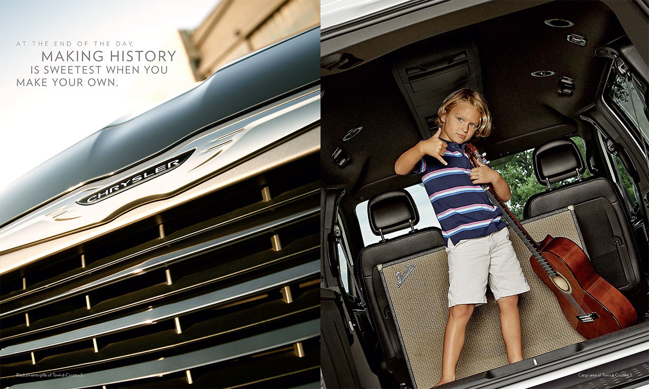 2014-Chrysler-TownCountry-4